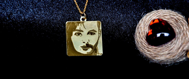 طراحی چهره طلا